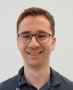 Dr. Oliver Schäfer ist seit 2014 niedergelassener Zahnarzt in Thüringen.